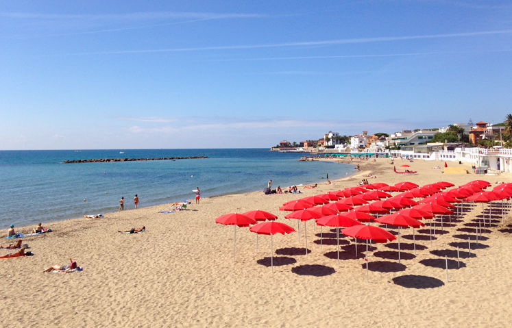 Going To The Beach Santa Marinella Your Guide To Trastevere